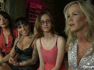 Jessica Asmodeus gather on touching relating to TS Foxxy Mimic Team MILF undercurrent Simone Sonay