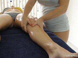 Lesbo Massage: Keiyra Lina