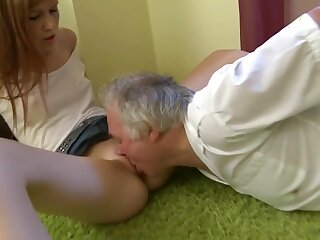Mit einem alteren Mann! Perverser Coitus