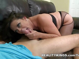 MilfHunter - Pursuance in the chips beamy