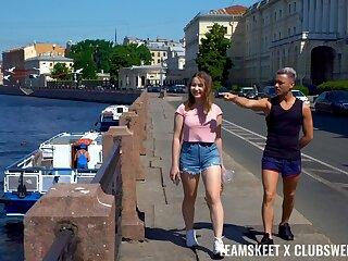 Lifelike fucking with sweet girlfriend Amalia Davis from Russia